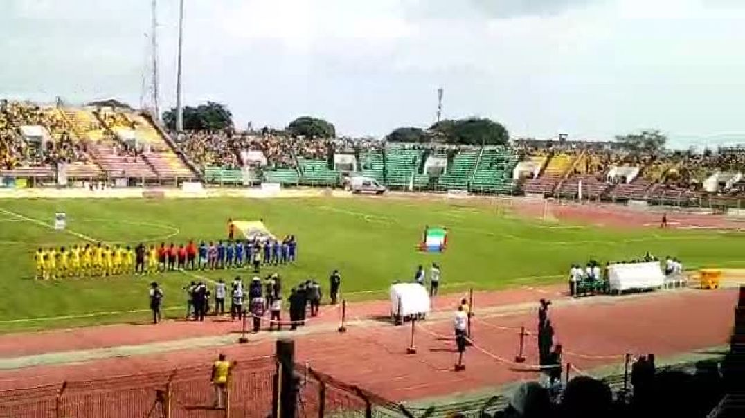 Bénin vs Sierra Leone, exécution des hymnes. Trinité Singbo