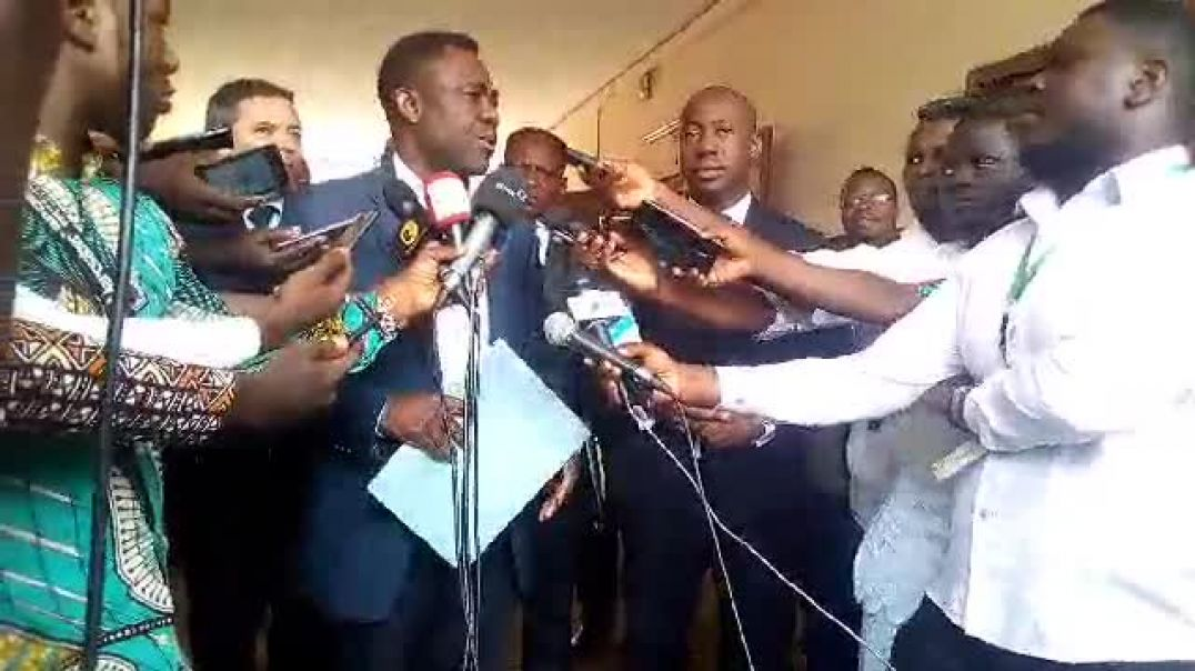 Le représentant de la FIFA parle du sujet débattu avec le ministre des sports. Trinité Singbo