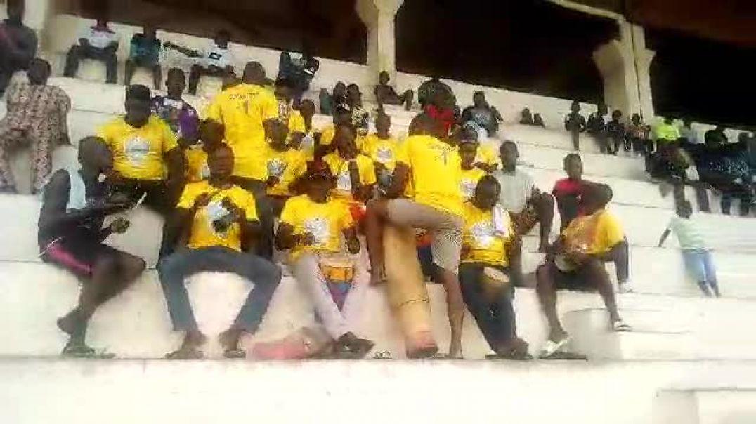 Les Supporters de la Jeunesse Athlétique de Cotonou. Trinité Singbo