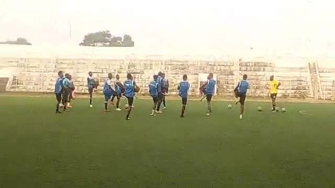 Dernier entrainement d'ESAE FC avant un match de championnat. FC