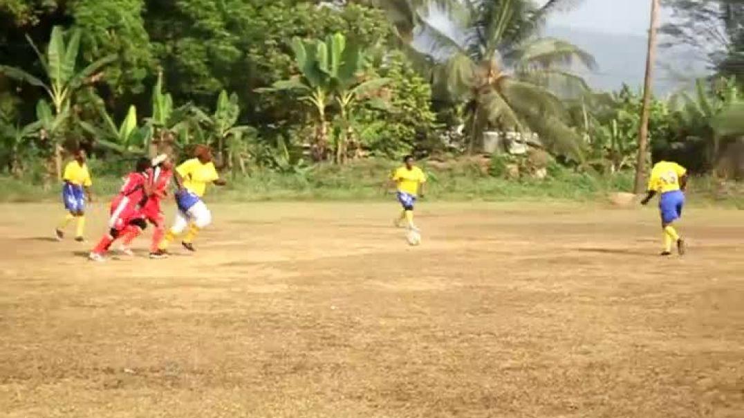 les filles ont livrer un match a pouma  a l occasion du festi noël par Vincent Kamto