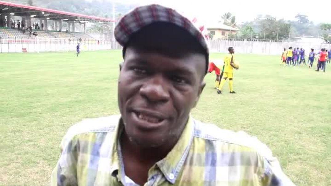 Laurent Jam coach de Bamboutos de mbouda   par Vincent Kamto