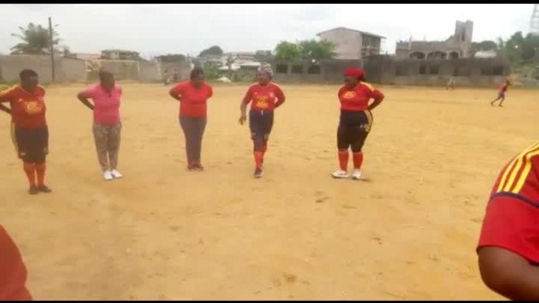 [CAMEROUN]     Échauffement  d avant Match des Femmes pour ce mois des femmes  Par Vincent Kamto