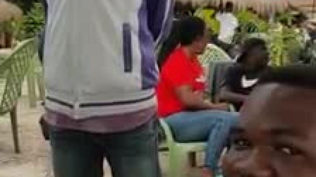 Ce jeune Camerounais qui impressionne dans le commentaire de match