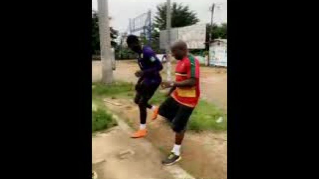 Towa et Mbiandja en plein exercice