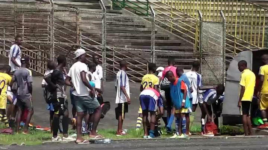 Cameroun le coach pique  une crise après la défaite par Vincent Kamto