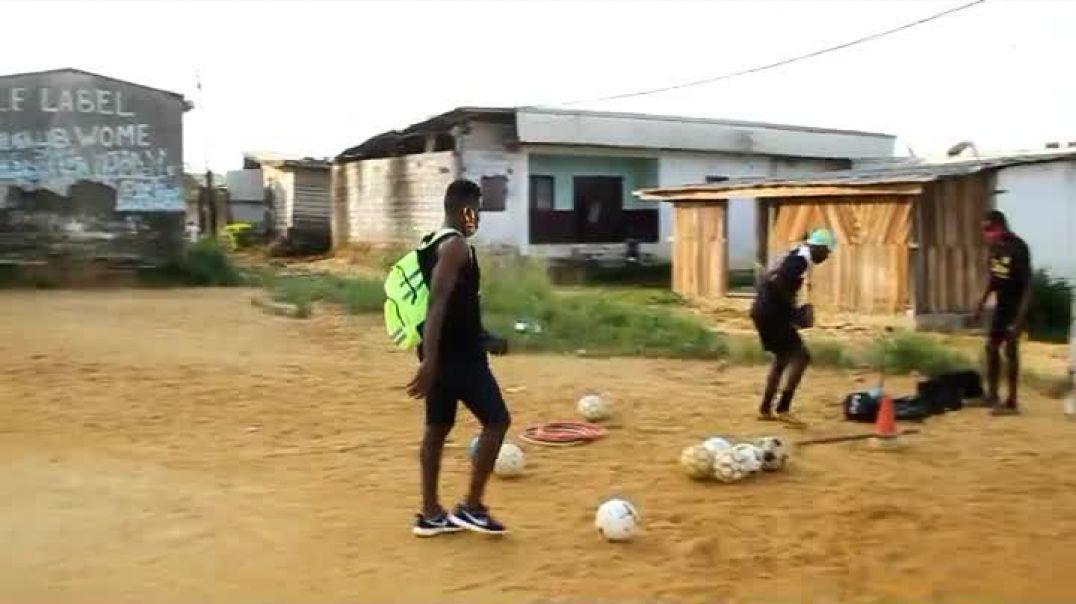 Cameroun Confiné avec Nzong Ulrich Gabriel one par Vincent Kamto