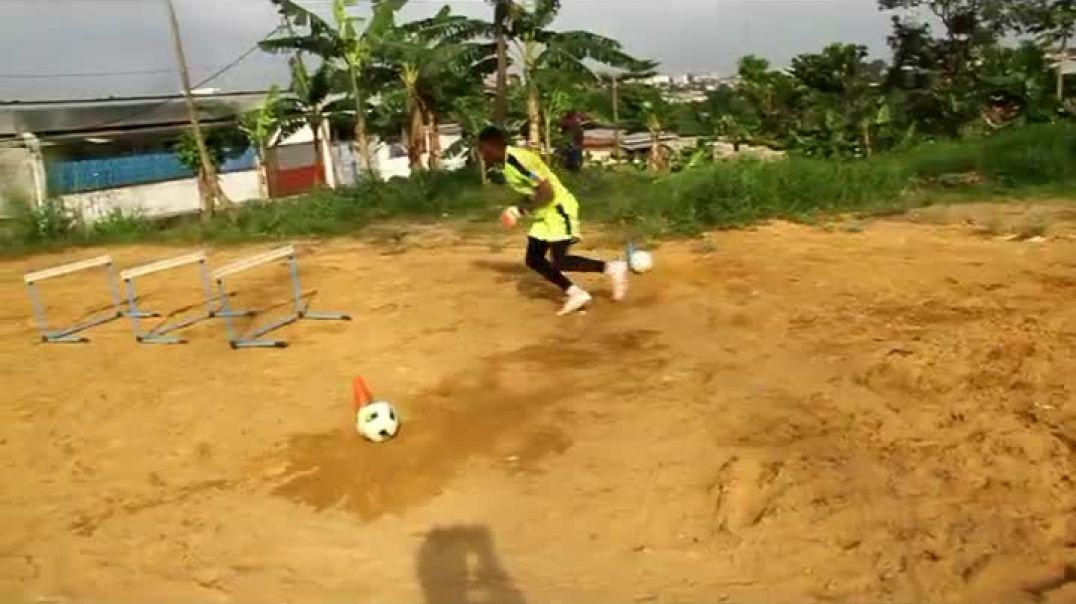 Cameroun Confiné avec Nzong Ulrich Gabriel six par Vincent Kamto