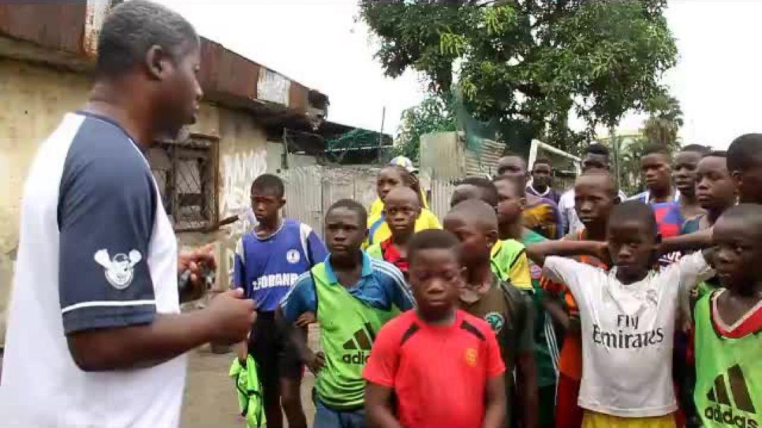 cameroun balade dans les academy autocritique apres match  par Vincent Kamto
