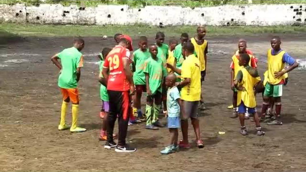 Cameroon balade dans les academy cas de Yorro foot academy( minim )  par Vincent Kamto
