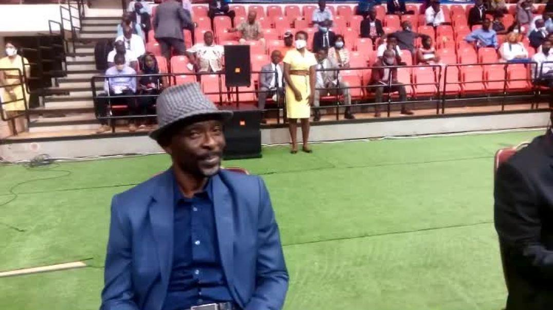 [Cameroun] cérémonie de remise des clés Des  Logements aux lions de 1990   par Vincent Kamto