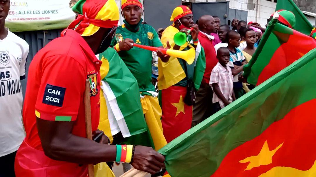 [CAMEROUN]  bloqué à l extérieur du stade de la réunification de Douala