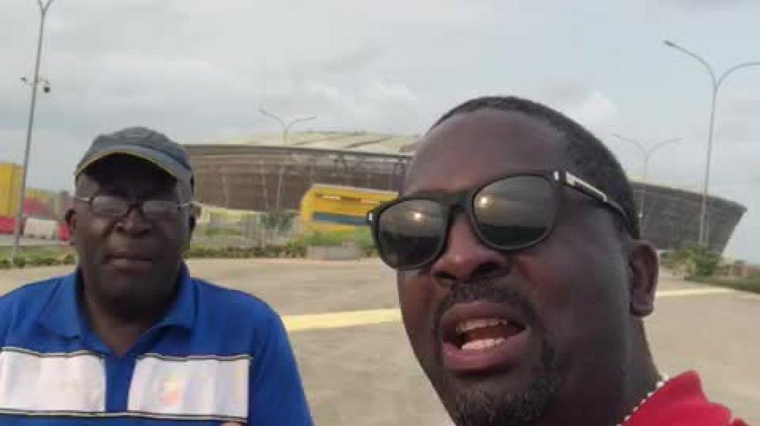Stade de Japoma François Ngoumou éberlué