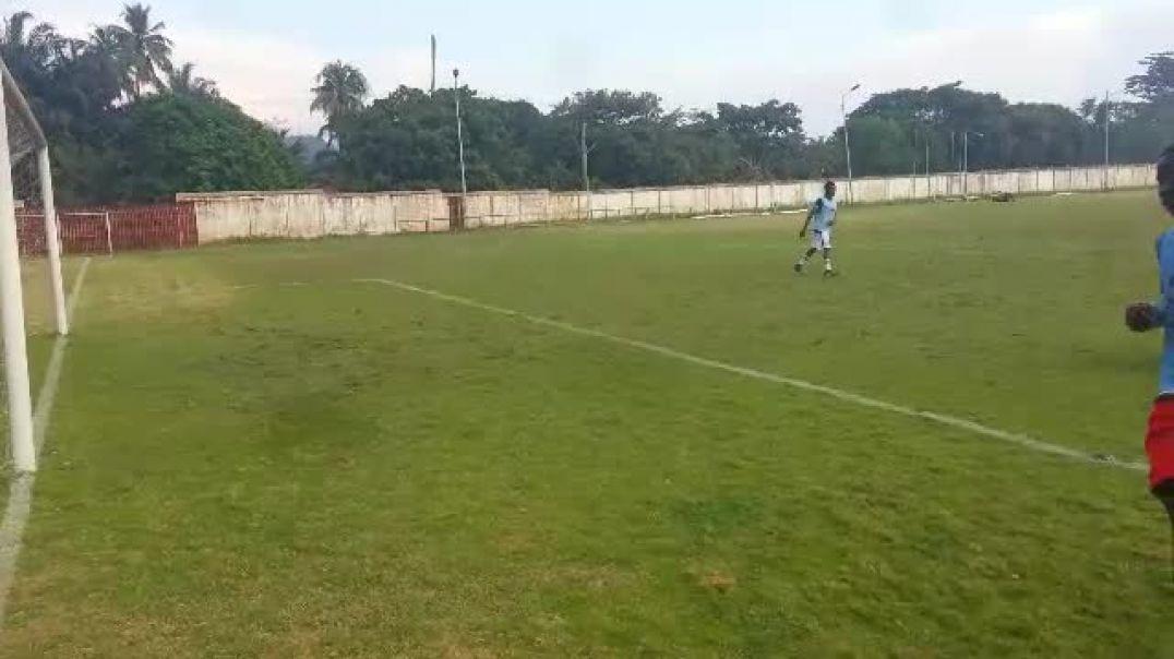 Akora Abuè,séance tactique