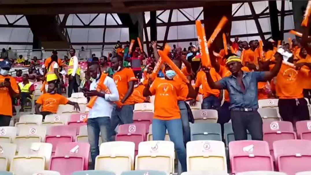 [Cameroun] le public exulte après le but de toko ekambi a japoma